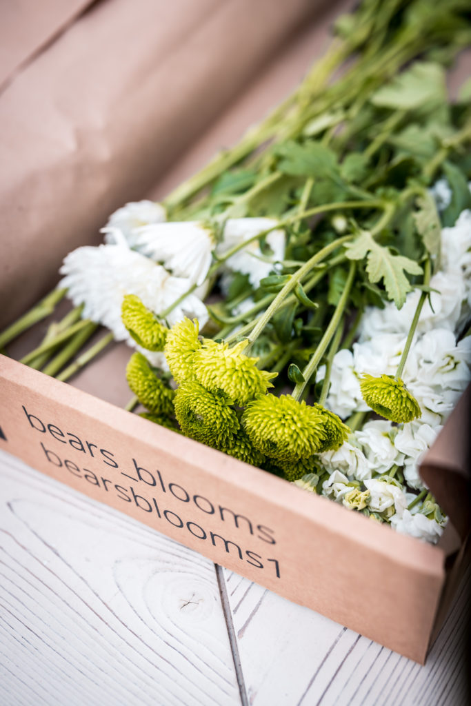 Bear's Blooms box a flower delivery service in Vancouver
