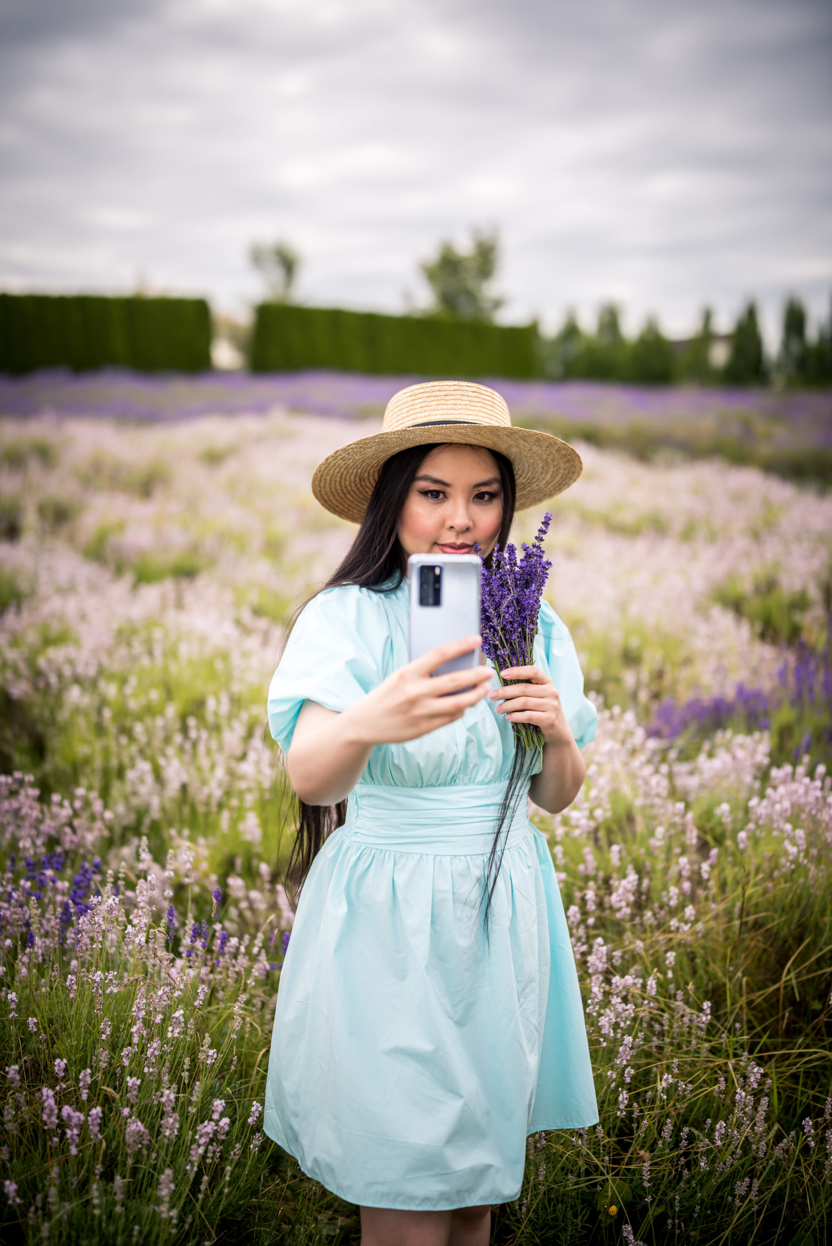 Glamouraspirit at Full Bloom Lavender farm in langley with Huawei P40 Pro Smartphone